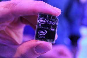 Intel Shows SD Card-Sized PC